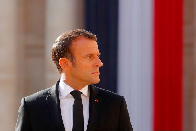 Emmanuel Macron à l'hôtel des Invalides le 30 septembre, lors de l'hommage à Jacques Chirac.