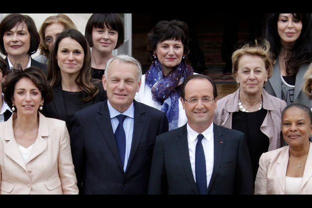 François Hollande et Jean-Marc Ayrault le 17 mai, lors de la présentation traditionnelle du gouvernement.