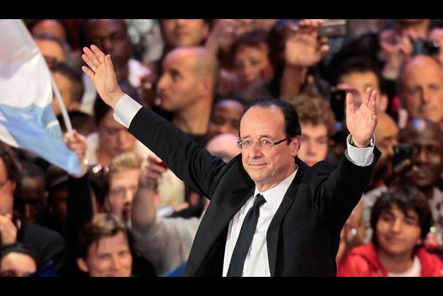 François Hollande en meeting dimanche 29 avril à Bercy, Paris.