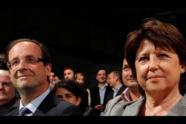 Martine Aubry est au coude-à-coude dans les sondages avec François Hollande. Mais devancée en cas de duel.
