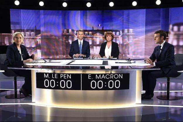Marine Le Pen et Emmanuel Macron lors du débat de l'entre deux tours.