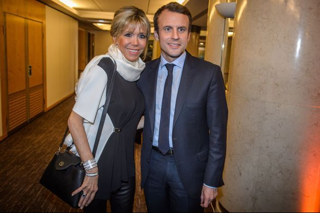 Emmanuel Macron et sa femme Brigitte Trogneux lors du diner du Crif.
