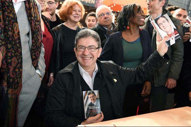 Jean-Luc Mélenchon était ce vendredi au Salon du livre à Paris.