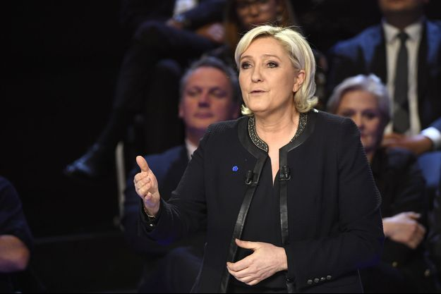 Marine Le Pen lors du deuxième débat du premier tour de la présidentielle.