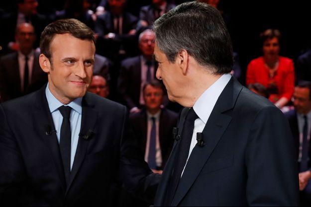 Emmanuel Macron et François Fillon lors du débat du 20 mars.