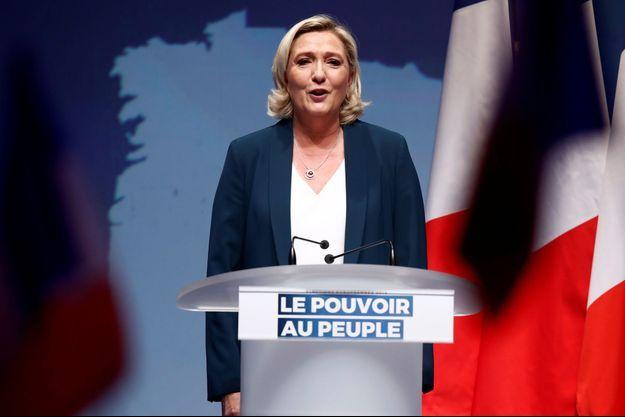 Marine Le Pen dimanche à Paris pour le lancement de la campagne des Européennes.