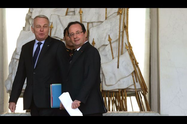 Jean-Marc Ayrault et François Hollande à l'Elysée, le 27 mars.