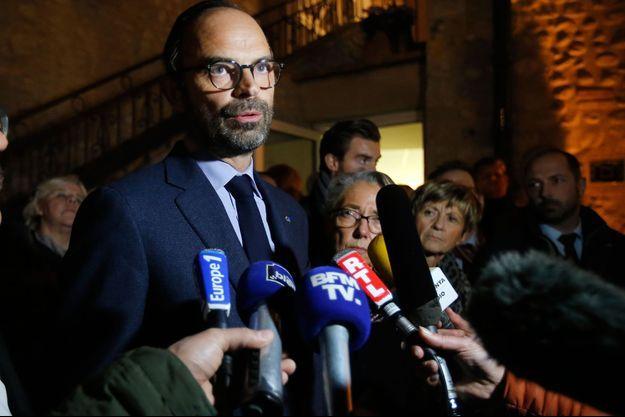 Edouard Philippe ici à Millas, sur les lieux du drame le 14 décembre 2017.