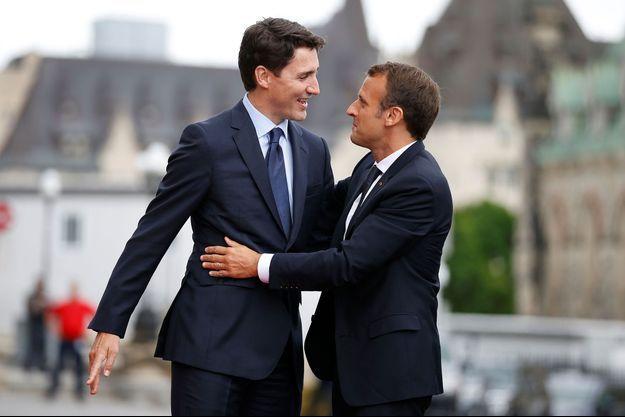 Justin Trudeau et Emmanuel Macron à Ottawa, jeudi.
