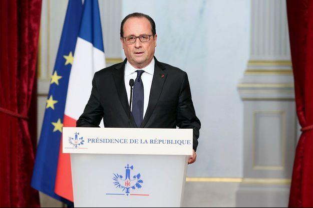 François Hollande avait déjà prononcé un discours vendredi soir.