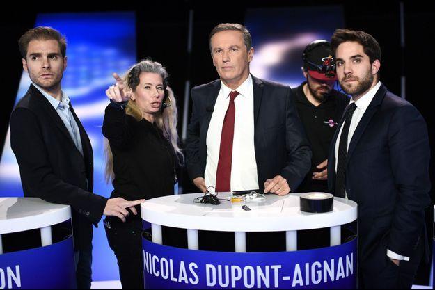 """Nicolas Dupont-Aignan avant """"L'Ultime débat"""" sur BFMTV jeudi soir."""