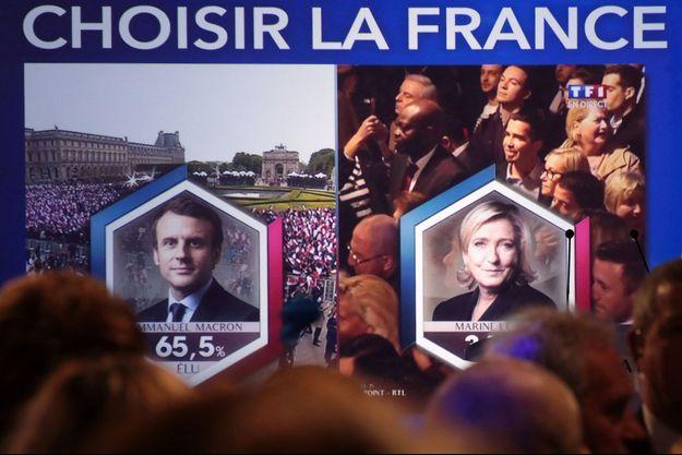 20 heures, le 7 mai 2017 : Emmanuel Macron remporte une large victoire contre Marine Le Pen.