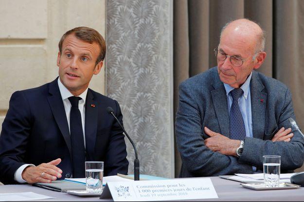 Emmanuel Macron et Boris Cyrulnik à l'Elysée.