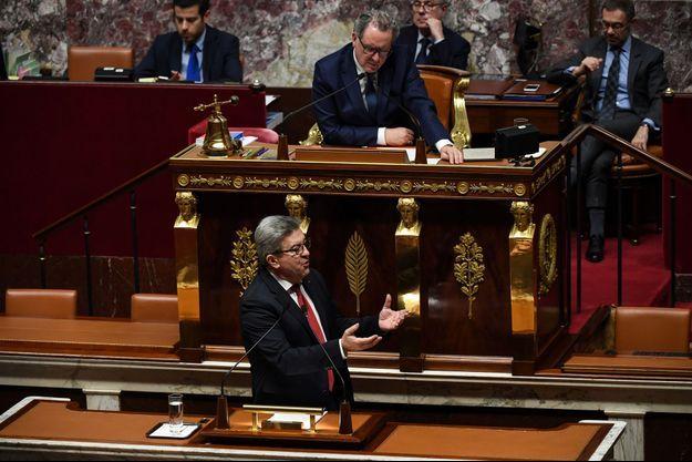 Jean-Luc Mélenchon votera la motion de censure.