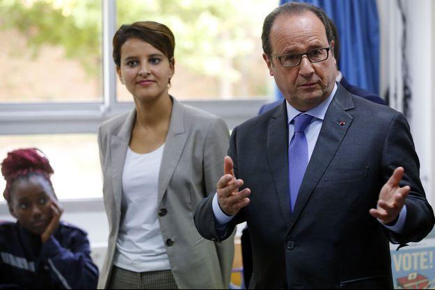 Najat Vallaud-Belkacem et François Hollande dans une école à Marseille le 8 octobre.