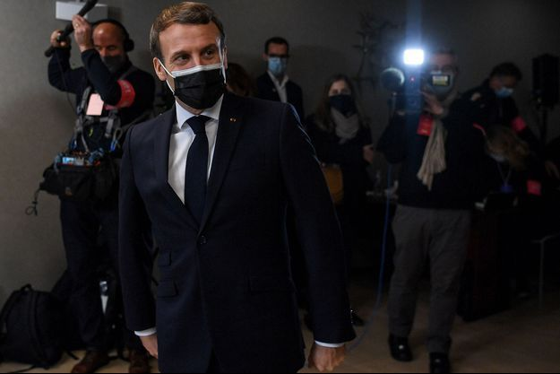 Emmanuel Macron mardi à Tours.