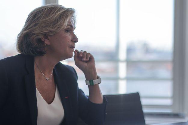 Valérie Pécresse dans son bureau de Saint-Ouen (Seine Saint-Denis).