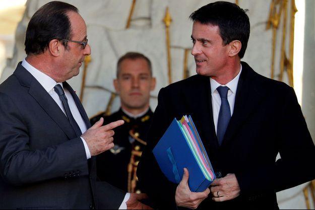 François Hollande et Manuel Valls à l'Elysée en 2016.