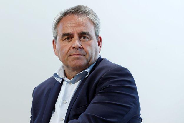 """Xavier Bertrand """"pense"""" à la présidentielle mais veut d'abord gagner les régionales."""
