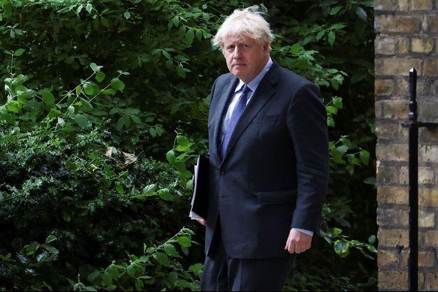 Boris Johnson à Londres lundi.