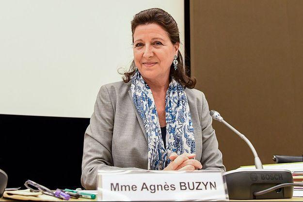 L'ex-ministre de la Santé Agnès Buzyn répond aux questions de la commission d'enquête de l'Assemblée nationale.