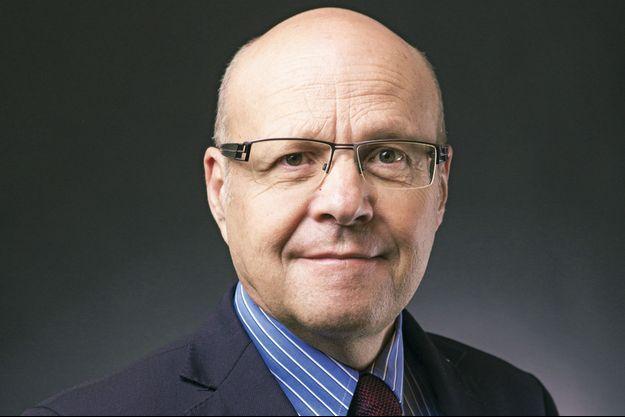 Le Pr Magne, président de la Société de chirurgie vasculaire et endovasculaire de langue française (SCVE)