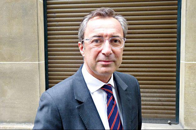 Vincent Fière, chirurgien orthopédiste spécialiste du rachis au Centre orthopédique Santy de Lyon.