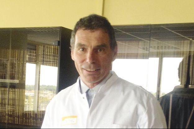 Le Pr Olivier Gille, chirurgien de la colonne vertébrale au CHU de Bordeaux.