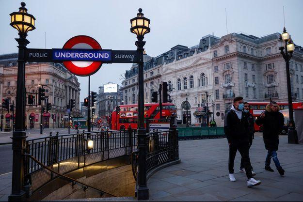 Une vue de Piccadilly Circus, à Londres, le 8 janvier.