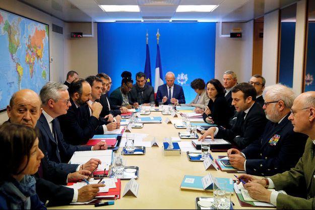 Le Conseil de Défense s'est achevé vers 12H25, après près de deux heures.