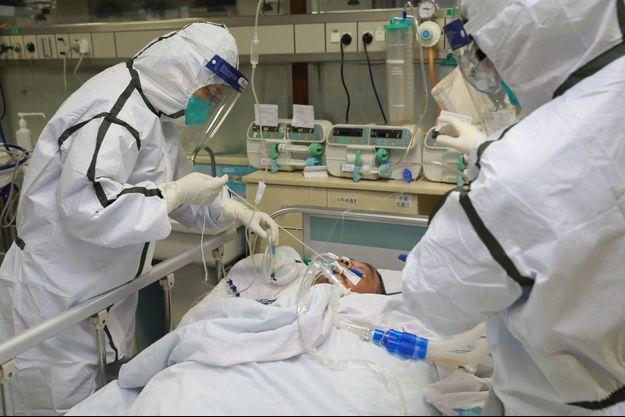 Photo prise dans un hôpital de Wuhan, en Chine.