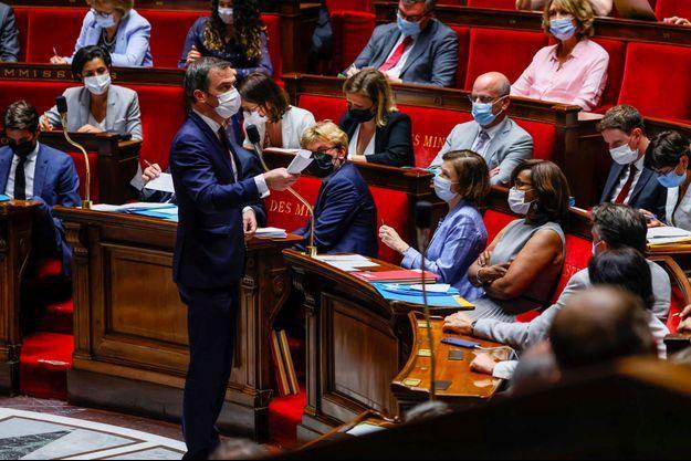 Olivier Véran durant les questions au gouvernement, mardi, à l'Assemblée nationale.