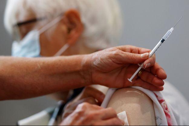 Vaccination à Nantes, le 6 octobre 2021.