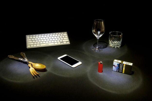 A ne partager sous aucun prétexte. De toutes les bombes virales, le téléphone portable est la plus explosive.