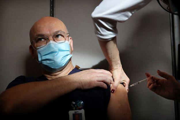 Photo d'une vaccination prise à Boston.