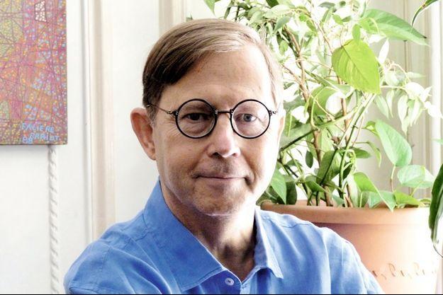 Le Dr Marc Schwob, Président de l'association France migraine, auteur de « SOS migraine. 100 solutions pour vaincre la migraine » (éd. le Cherche midi).