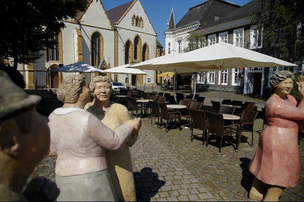 Une terrasse vide à Rheda-Wiedenbrueck, en Allemagne.