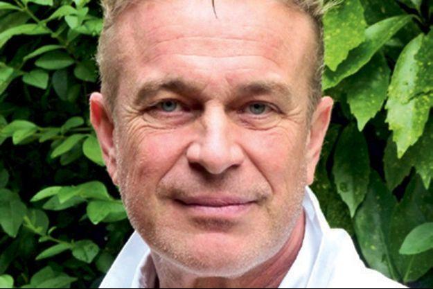 Le Dr Pierre Langlade-Demoyen, directeur de recherche à l'Institut Pasteur et directeur scientifique de la société Invectys.