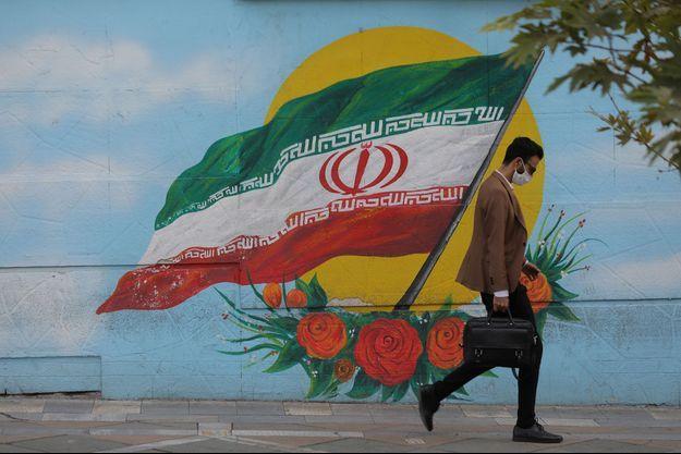 L'Iran aussi fait face à une deuxième vague de contamination.