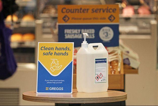 L'étude confirme la nécessité de se laver fréquemment les mains pour lutter contre la pandémie de Covid-19.