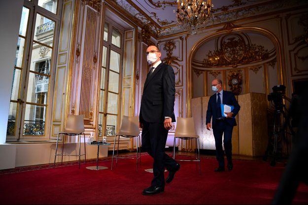 Jean Castex et Jean-Michel Blanquer avant la conférence de presse à Matignon, jeudi matin.