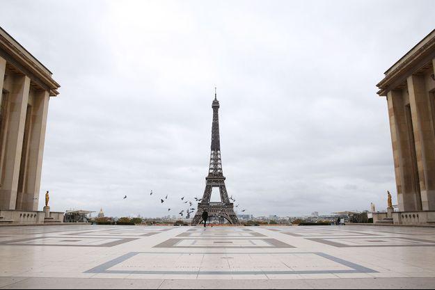 La place du Trocadéro à Paris le 30 octobre 2020, premier jour du reconfinement