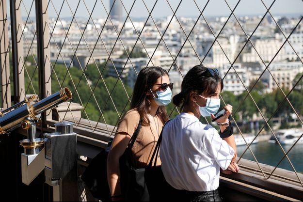 Lors de la réouverture de la tour Eiffel aux visiteurs, le 25 juin 2020.