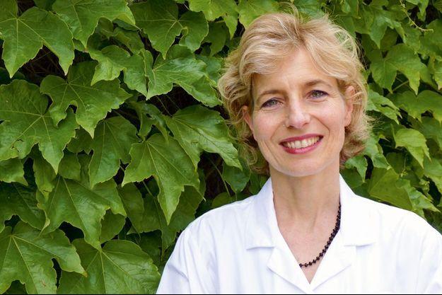 Le Dr Caroline Robert explique les avancées sur le cancer de la peau.