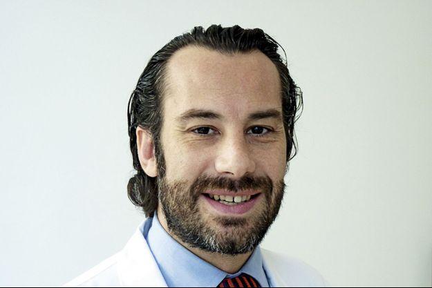 Le Dr Guillaume Pourcher, chirurgien, responsable du centre de prise en charge de l'obésité à l'Institut mutualiste de Montsouris.