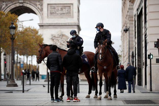 Photo prise à Paris le 31 octobre 2020.