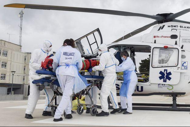 15 mars au CHU d'Angers, lors d'un transfert de patient en réanimation.