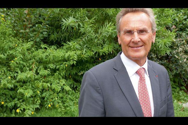 Dr Patrick Hescot