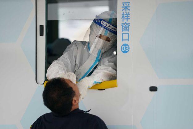Un centre de dépistage du coronavirus, à Pékin , le 28 juin.