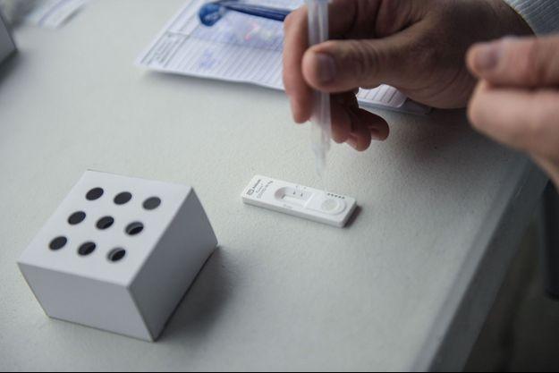 L'analyse d'un test antigénique (image d'illustration).